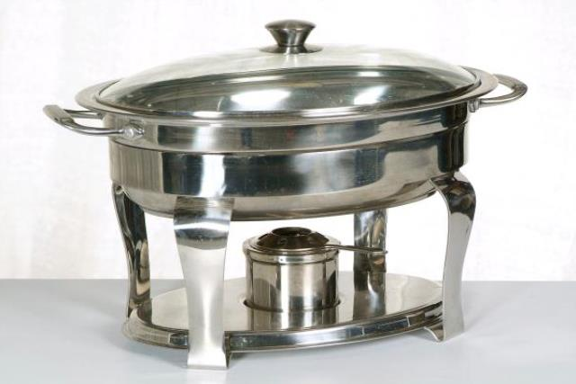 Where to find Chafing Dish, Tramontina Oval 4.2 Quart in Fresno