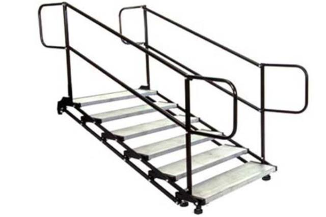 Where to find 6 step Stair   With Rails in Fresno