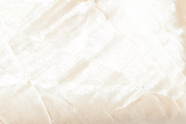 Where to find Linen Crush 120  Round White Sand in Fresno