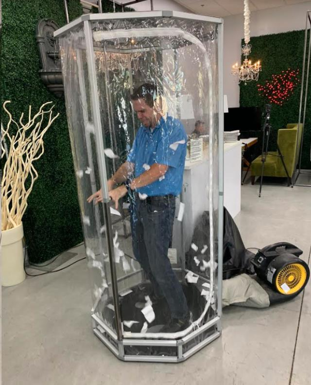 Where to find Money Machine Booth in Fresno